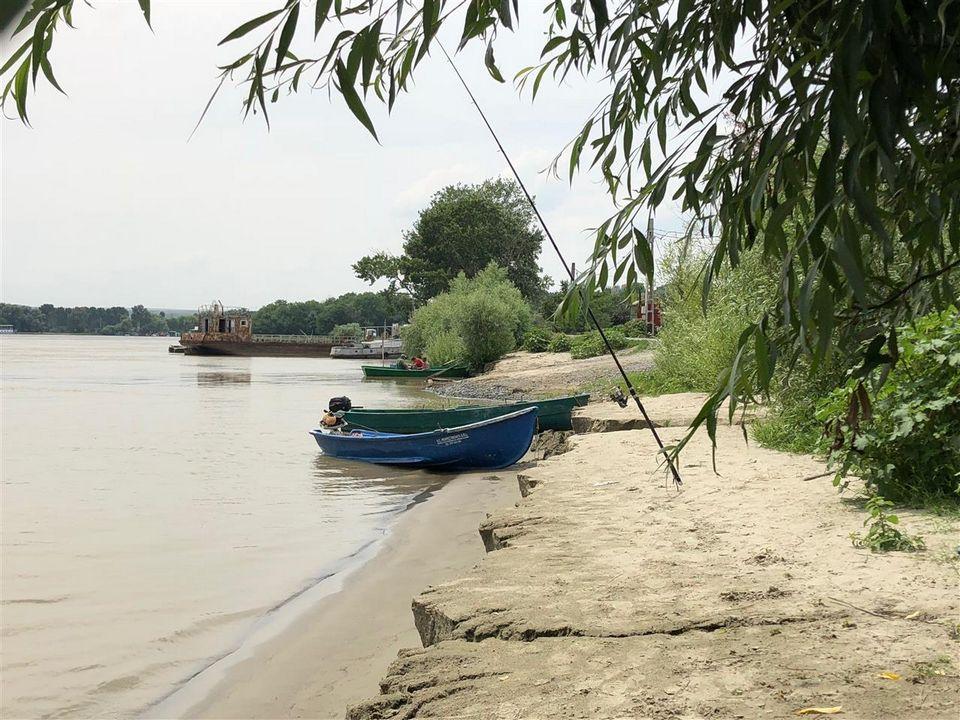 Teren cu deschidere la Dunare in Delta Dunarii