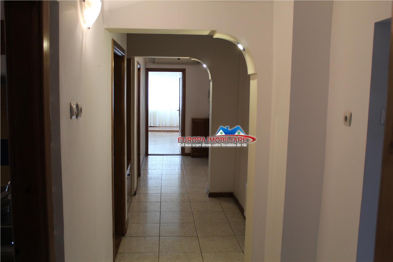Apartament 4 camere str. 1848