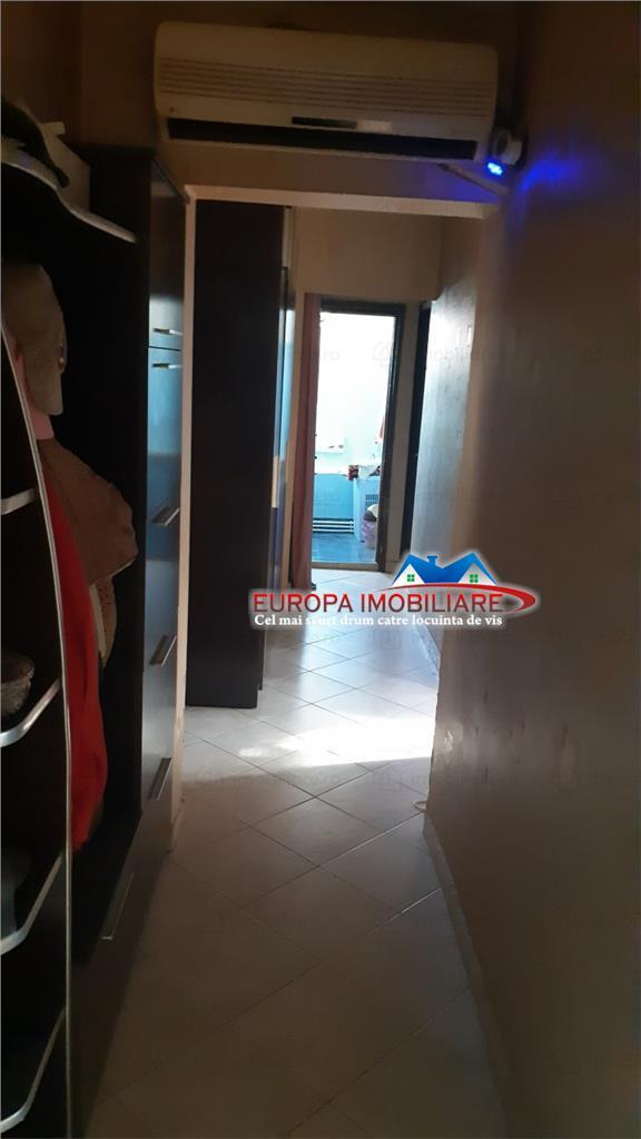 Apartament 4 camere de vanzare zona Vest Tulcea
