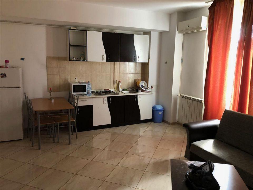Apartament 2 camere de inchiriat Coral Plazza