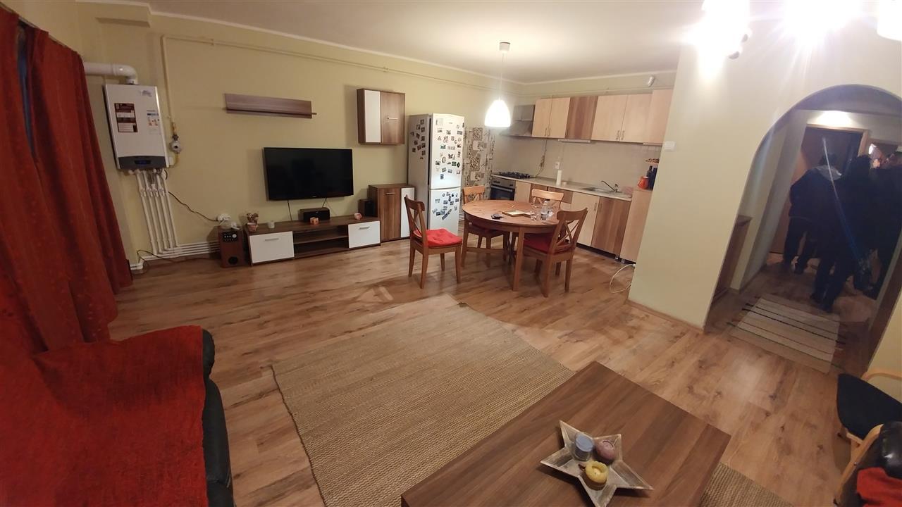 Apartament 3 camere E3