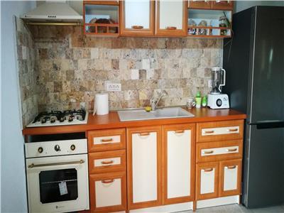 Casa constructie caramida zona linistita