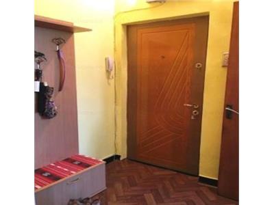 Apartament 2 camere Zona Neptun