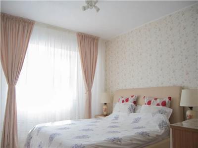 Apartament 3 camere zona Spitalului Judetean