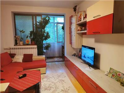 Apartament 2 de vanzare camere zona Piata Noua