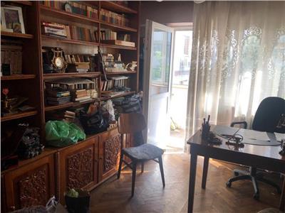 Apartament 4 camere zona ultracentrala