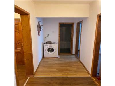 Apartament de vanzare 2 camere Zona Piata Noua
