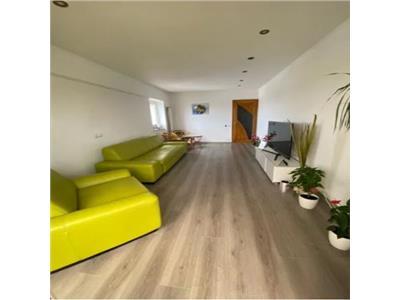 Apartament 2 camere de vanzare zona Babadag