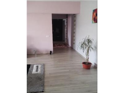 Apartament 3 camere de vanzare zona ultracentrala