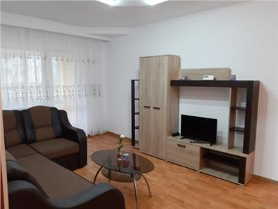 Apartament 2 camere de vanzare zona Peco