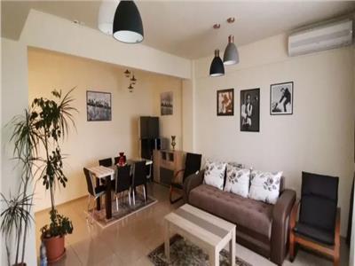 Apartament de vanzare apartament 3 camere zona Centrala