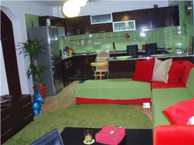 De vanzare apartament 3 camere zona centrala Tulcea