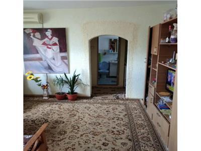Apartament 4 camere de vanzare zona 23 August Tulcea