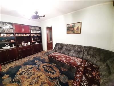 Apartament 3 camere de vanzare zona Vest Tulcea