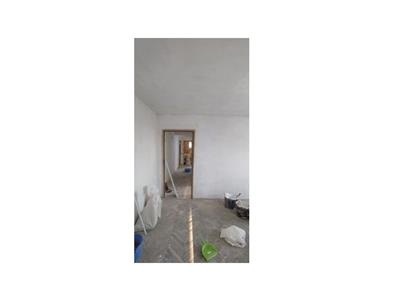 Apartament 4 camere de vanzare zona 23 August