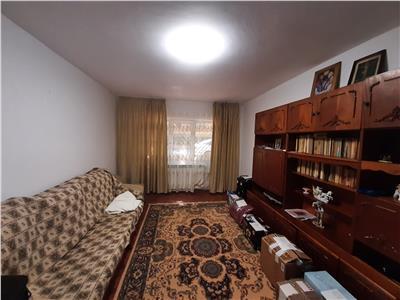 Apartament 3 camere de inchiriat zona C5 Tulcea